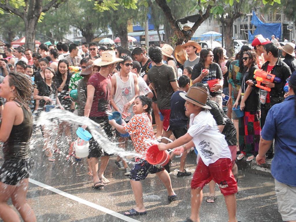 2020年泰國潑水節介紹-慶典示意