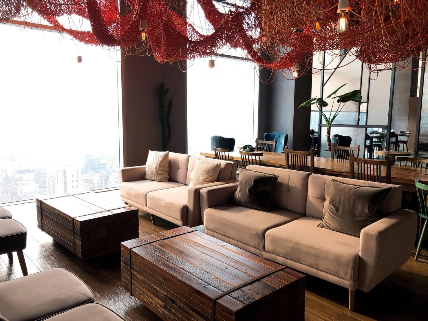 首爾住宿推薦_弘大L7樂天飯店好評介紹_飯店內部公共設施很美